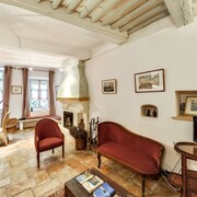 House With 3 Bedrooms in Saignon, With Wonderful Mountain View, Furnished Terrace and Wifi - 88 km From the Beach