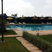 Apartment With 2 Rooms in Dar Bouazza, With Pool Access and Terrace - 200 m From the Beach