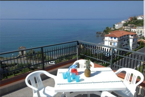 Apartment With 2 Bedrooms in Vibonati, With Wonderful sea View, Furnished Garden and Wifi - 10 m From the Beach