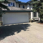 Executive Home in South Edmonton