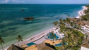 Am Strand, weißer Sandstrand, Sporttauchen, Angeln