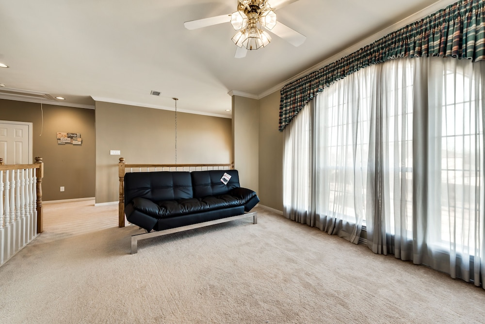 Gorgeous 3407 Sq Ft Home In Coppell Dallas Metroplex Near Dfw Airport Hotel Rates Reviews On Orbitz