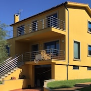 Villa Located on the Beach of Aguieira-porto do Son