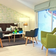 Feelathome Madrid Suites Apartments