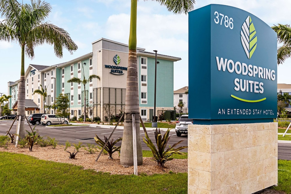 Featured Image, WoodSpring Suites Naples