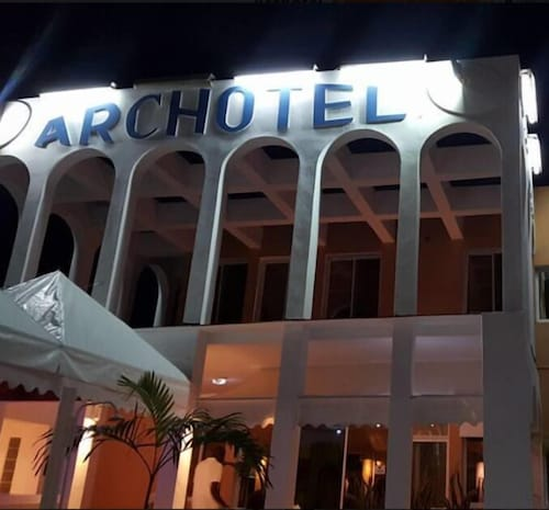 Front of Property, ARCHOTEL