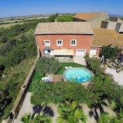 4 Bedroom House With Gorgeous Seaviews, in the Roque Haute Nature Reserve With Pool and Lush Garden