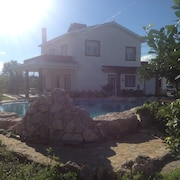 House With 4 Bedrooms in Oliva, With Wonderful Mountain View, Private Pool, Enclosed Garden - 2 km From the Beach