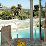 Modern 3-bedroom House With a Swimming Pool and Wifi in La Ciotat - 1 Kilometre From the Beach!