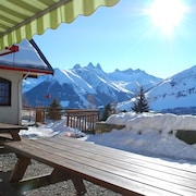Chalet With 7 Bedrooms in Saint-jean-d'arves, With Wonderful Mountain View, Furnished Garden and Wifi - 350 m From the Slopes