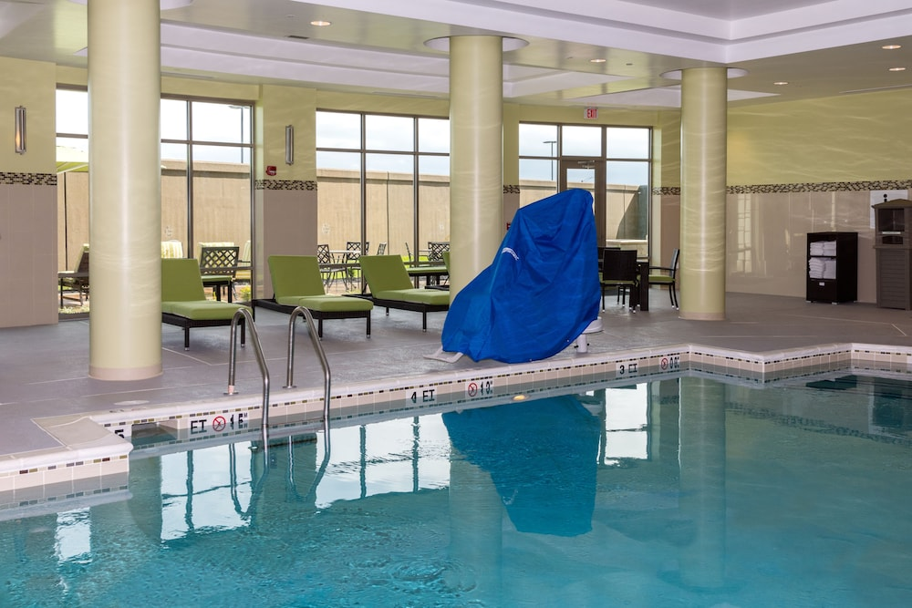 Pool, Holiday Inn Lexington - Hamburg