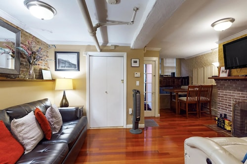 Great Place to stay Cherrywood on Beacon Hill Apartment 1 near Boston