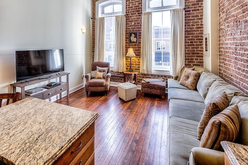 Great Place to stay Savannah Serendipity Apartment 1 near Savannah