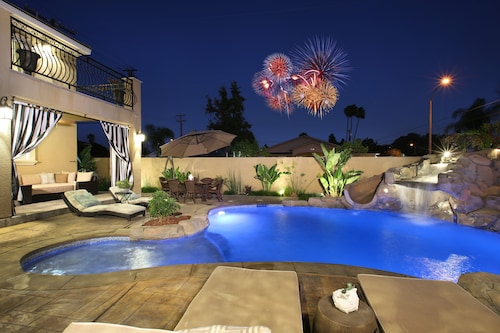 Check Expedia for Availability of New Built, Backyard & Balcony Fireworks, Walk To Disney, 4000 Sqft