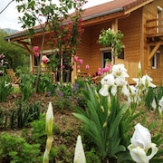 Exquisite Wooden House Just Outside Gap, Hautes-alpes, w/ Jacuzzi & Divine Mountain Views - Sleeps 12