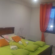 Apartment With 2 Bedrooms in Velaux, With Pool Access, Furnished Terrace, Garden and Wifi