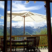 Fabulous, 4-bedroom Chalet in Ax-les-thermes With a Furnished Terrace and Stunning Views Near the Slopes Sleeps 9!