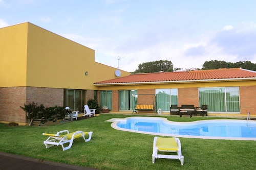 House With 4 Bedrooms in Terroso, With Private Pool, Furnished Terrace and Wifi - 5 km From the Beach