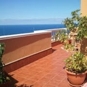Apartment With 2 Bedrooms in Icod de los Vinos, With Wonderful sea View, Terrace and Wifi - 300 m From the Beach