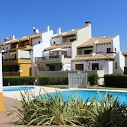 Apartment With 3 Bedrooms in Ayamonte, With Pool Access, Enclosed Garden and Wifi - 12 km From the Beach