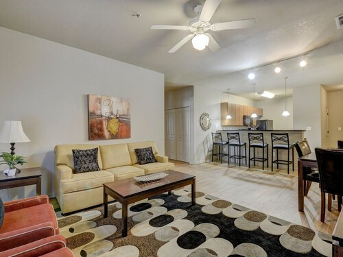 Check Expedia for Availability of Large 5BR - Perfect For Big Groups! By Dwtn & UT!