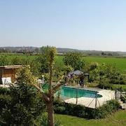 Property With 2 Bedrooms in Blaignac, With Pool Access, Furnished Garden and Wifi
