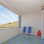 Apartment With one Room in Senj, With Wonderful sea View and Furnished Terrace - 300 m From the Beach