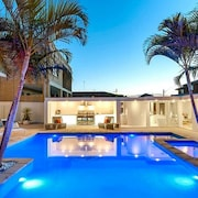 Luxurious Resort Living House Ocean Front With Heated Pool, Spa, Cabana & Views