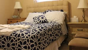 3 bedrooms, down duvet, pillow top beds, individually decorated