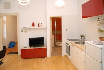 Apartment Nivia 2