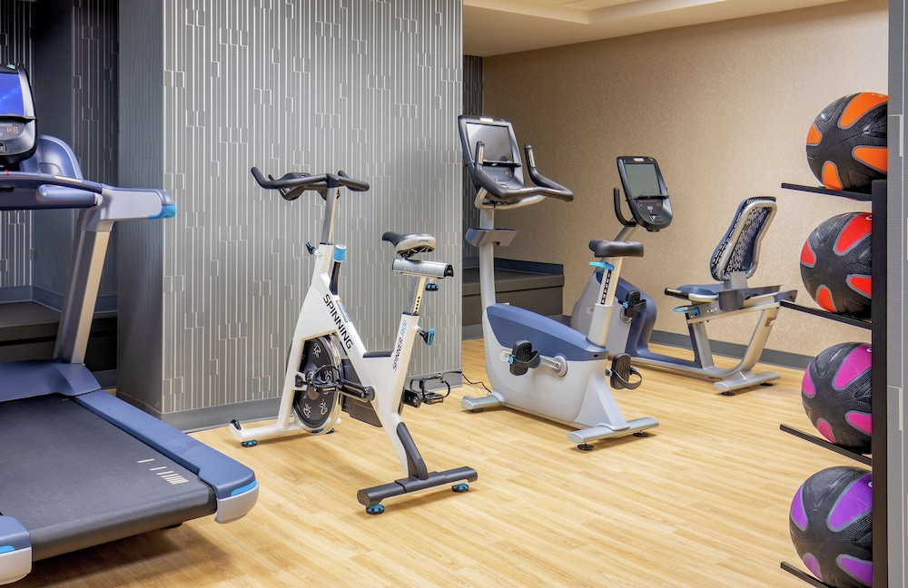 Fitness Facility, DoubleTree by Hilton Youngstown Downtown