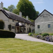 Home Farm Hotel and Restaurant