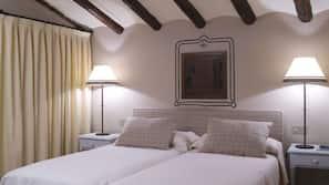 Colchones viscoelásticos, minibar, cortinas opacas y wifi gratis