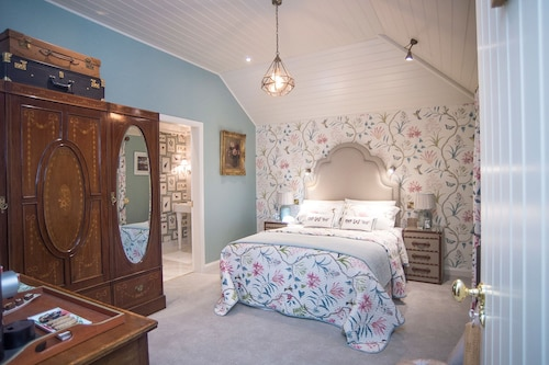 Coach House Boutique B&B