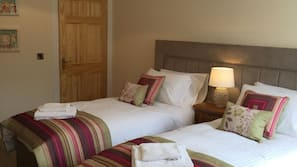 4 bedrooms, cots/infant beds, rollaway beds, free WiFi