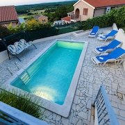 Modern Bungalow in Montizana, Istria, With Private Pool and Stunning Views