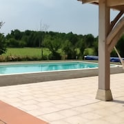 1 Bedroom House in lot et Garonne With Wifi, Garden and Shared Pool