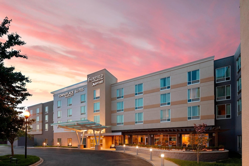 Exterior, TownePlace Suites by Marriott Louisville Northeast