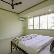 OYO Home 11409 Sunset View 1BHK Kadamba Higway