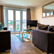 Heathrow Living Serviced Apartments by Ferndale
