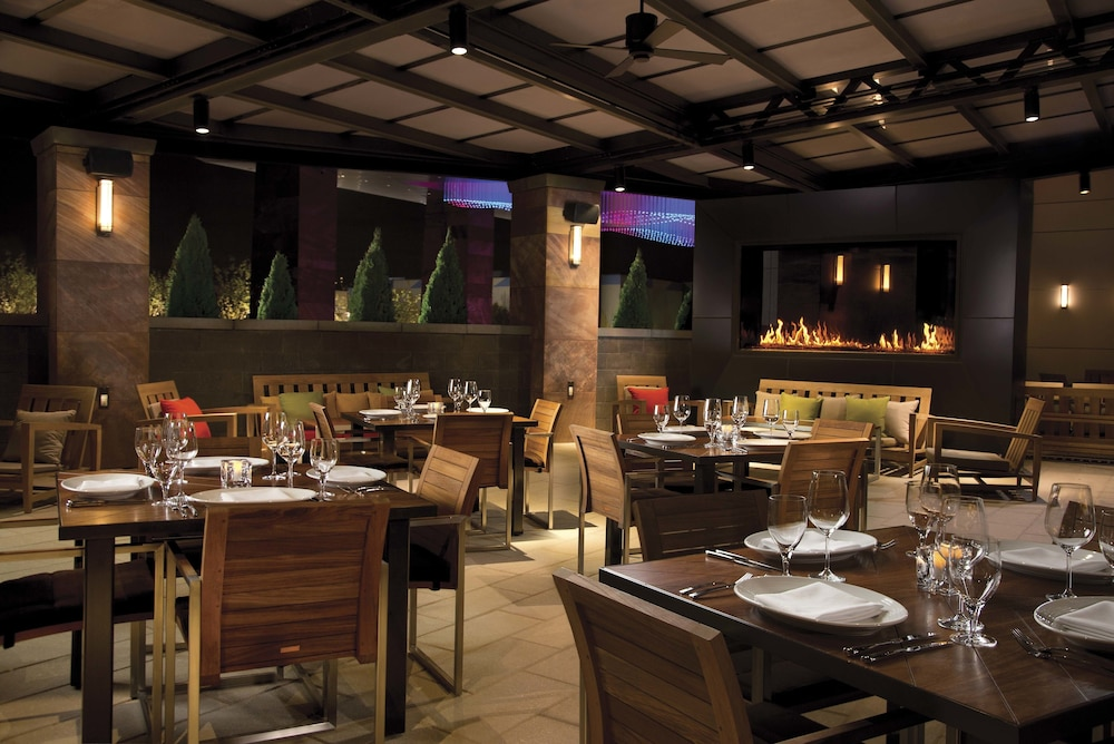 Outdoor Banquet Area, Live! Casino & Hotel – Baltimore/Washington BWI Airport