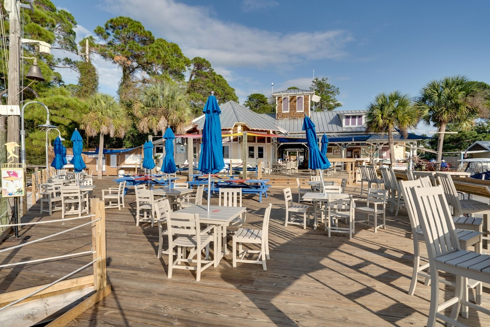 Restaurant, Beachfront at Sandestin
