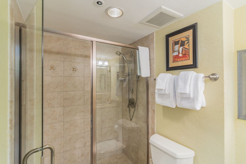 Bathroom, Beachfront at Sandestin