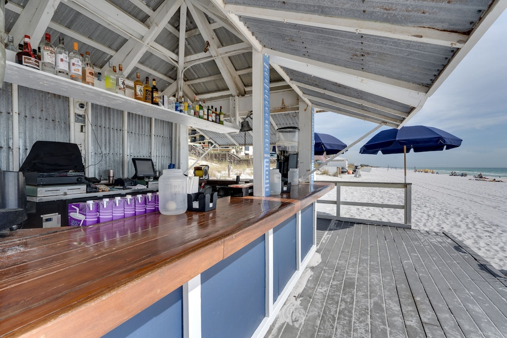 Bar, Beachfront at Sandestin