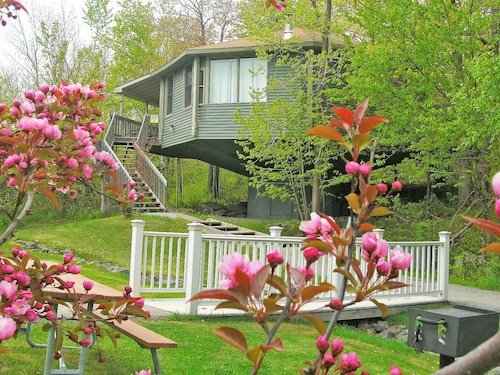Great Place to stay Mountain Villas near Duluth