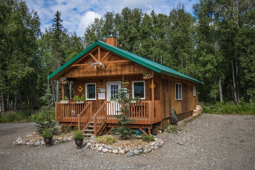 Talkeetna Wilderness Lodge and Cabin Rentals