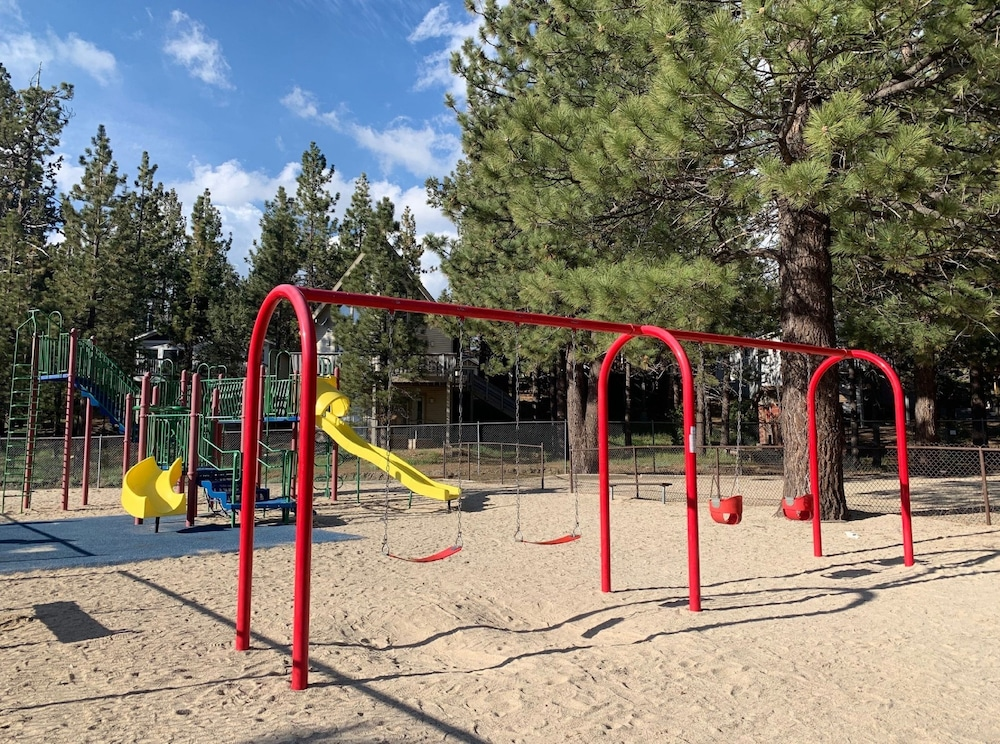 Children's Play Area - Outdoor, Summit Escape A