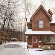 Snow Diggs 3 Bedrooms 2.5 Bathrooms Cabin