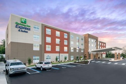Great Place to stay Holiday Inn Express & Suites Alachua - Gainesville Area near Alachua