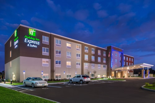 Holiday Inn Express & Suites Alachua - Gainesville Area, an IHG Hotel
